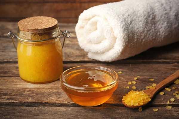 Скраб из меда и соли