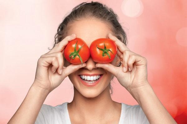 Маска с помидором
